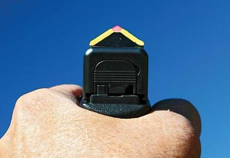 handgun_3.jpg